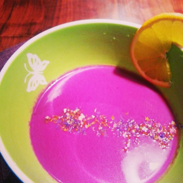 Rotkraut-Orangen-Suppe